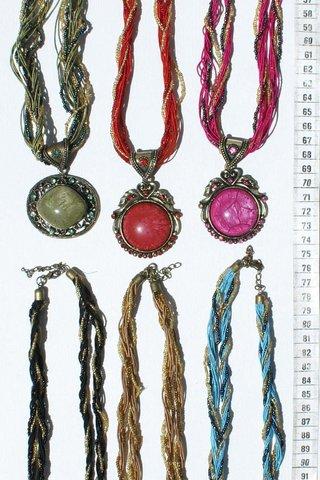 062fc2ab6 Spousta 6 náhrdelníky velké barevné krystaly, orientální, asijské ornament  šperky velkoobchod - 691.38 Kč - Ceske Nabidky
